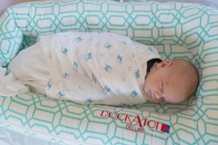 One of The Best DockATot Safety Reviews: The DockAtot Deluxe by Casual Claire