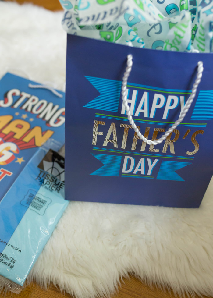 An easy toddler friendly Father's Day craft!