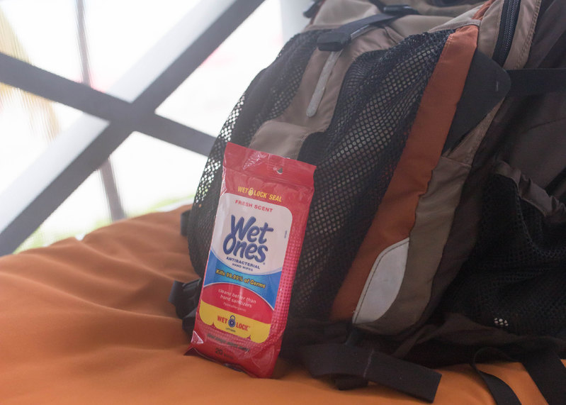 Travel with Kids Antibacterial Wet Wipes